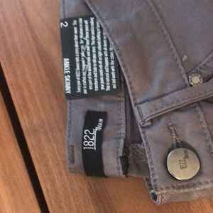 1822 Denim Jeans - NWT 1822 waxed gray ankle skinny jeans